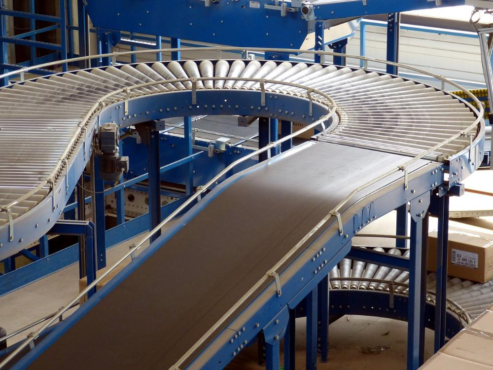 Conveyor-Belt-on-Track